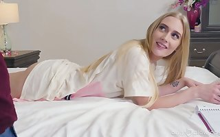 Ambitious be required of cum tow-haired Emma Starletto gives a magic blowjob beyond POV camera